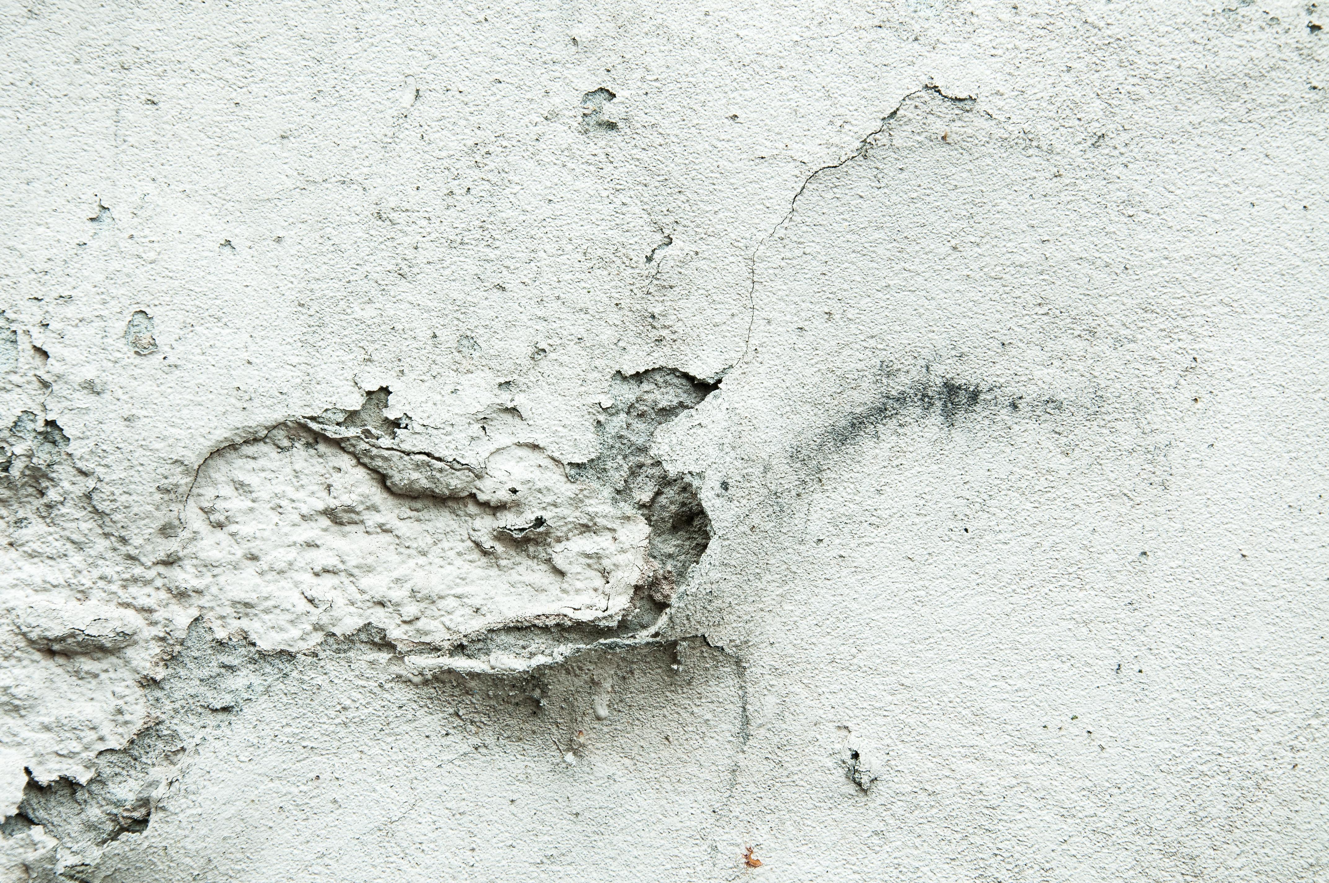 Humidité Dans Une Maison infiltration d'eau dans le sous-sol : quelles conséquences