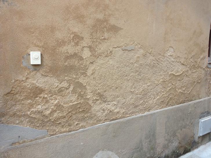 traiter murs humides hydrofuge