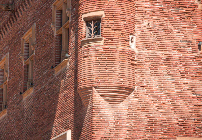 protection murs brique maison