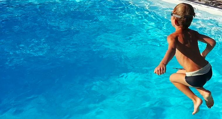 rénovation piscine produit étanchéité
